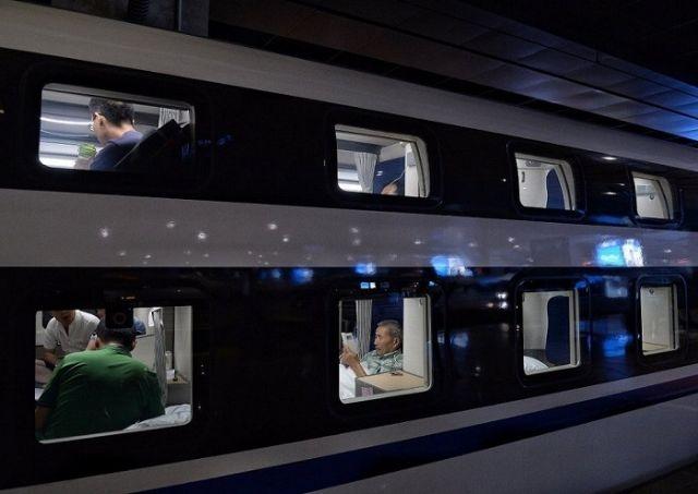 Современный плацкартный вагон в Китае