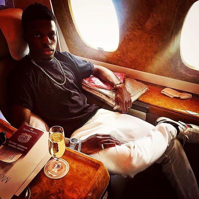 Золотая молодежь публикует снимки в Instagram