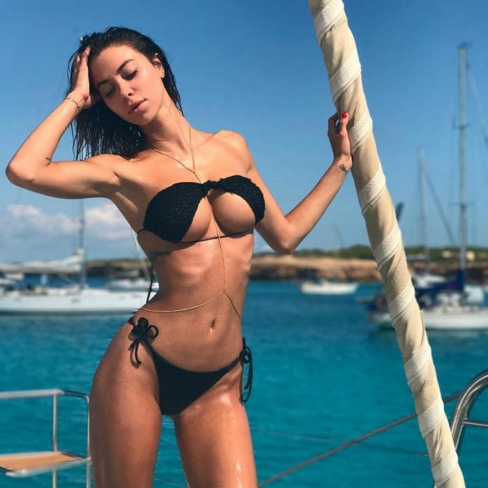 Новый пляжный тренд: перевернутый верх бикини