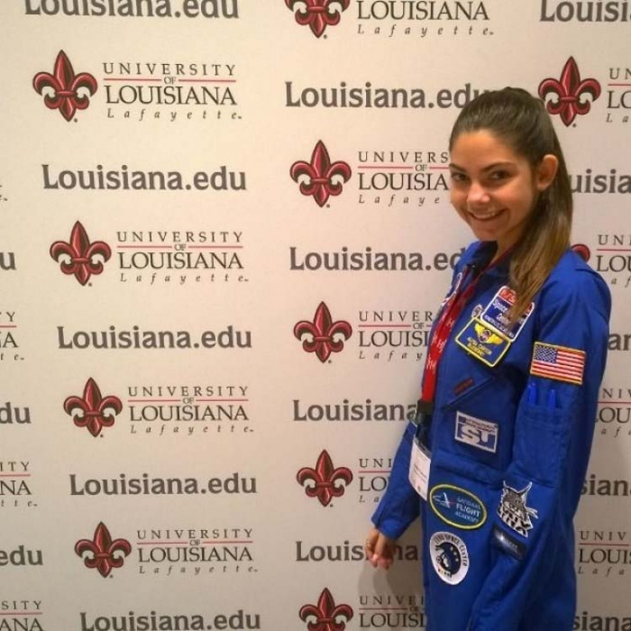 17-летняя девушка, которая собирается отправиться на Марс