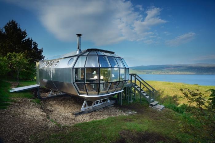 Домик-дирижабль для отдыха на природе