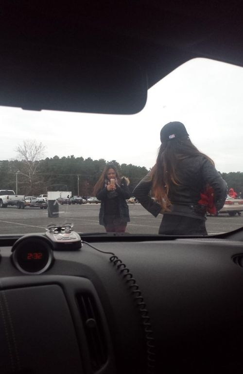 Странные и забавные ситуации, заснятые из окна автомобиля