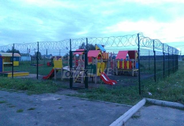 Детская площадка в Омске с