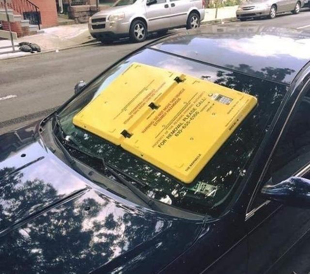 Вакуумный блокиратор лобового стекла для нарушителей правил парковки