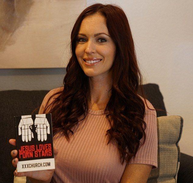Порнозвезда, которая зарабатывала $30 000 в месяц, бросила работу, чтобы стать проповедником