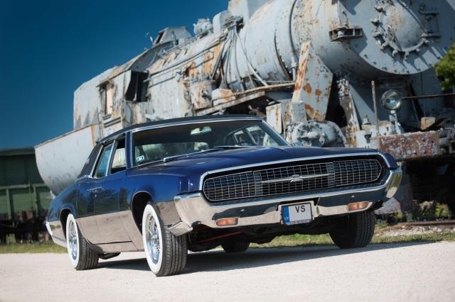 Восстановление разбитого Ford Thunderbird 1967 года выпуска