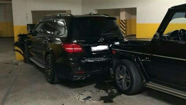Дорогостоящая авария на парковке во Владивостоке