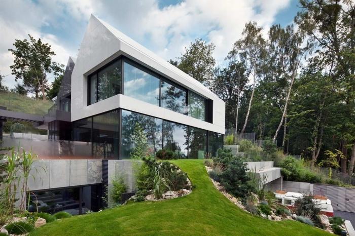 Тройной дом на склоне в Польше