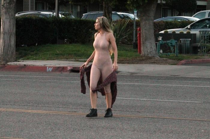 Ана Брага в сексуальном наряде