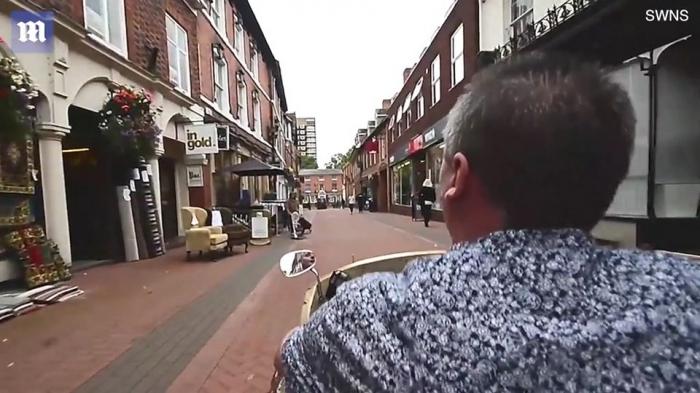 Британец придумал оригинальный способ передвижения по городу без пробок