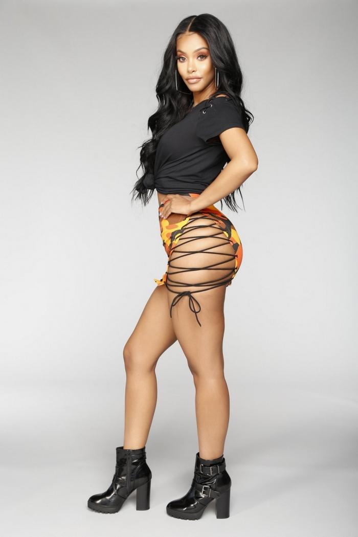 Последний писк моды юбка со шнурками по бокам