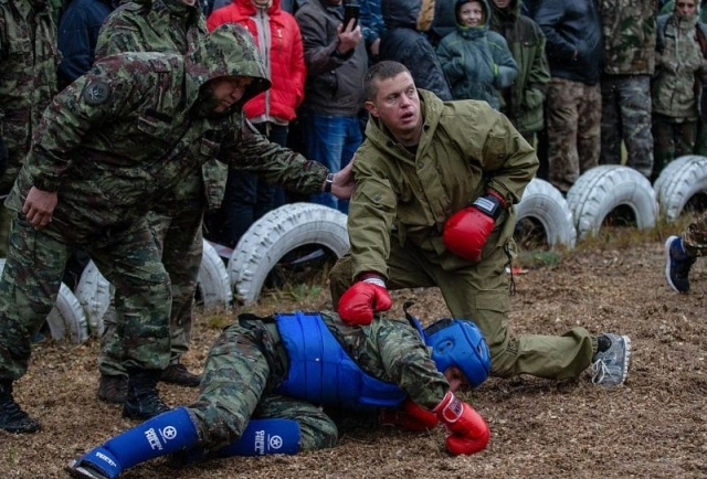Спецназовцы ФСИН борются за право носить краповый берет