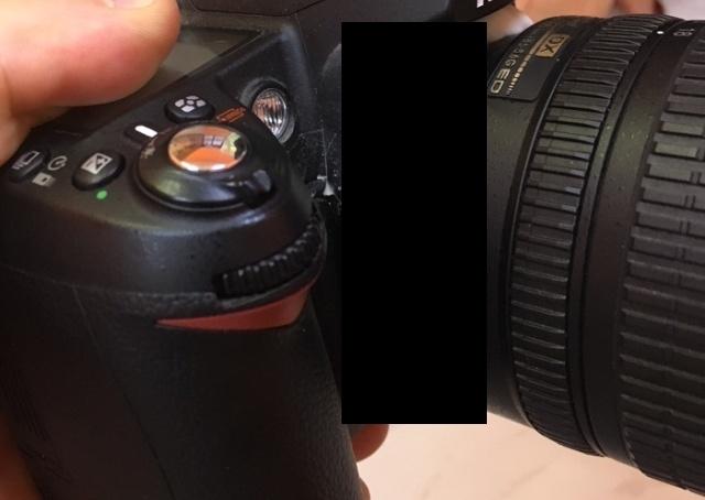 Клиент принес в сервис свой фотоаппарат