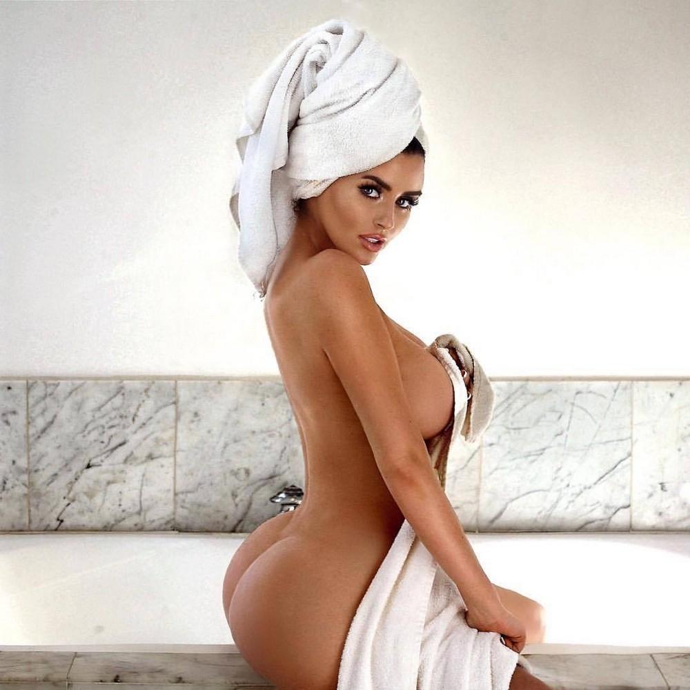 Bath towel porn