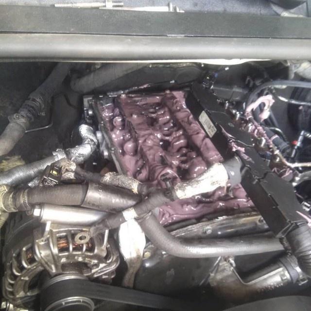 Двигатель авто после того, как антифриз начинает поступать в масло
