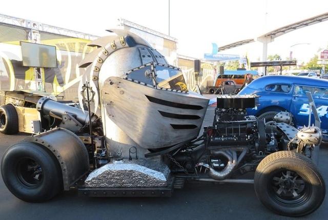 Самые крутые экспонаты автомобильного тюнинга с выставки SEMA
