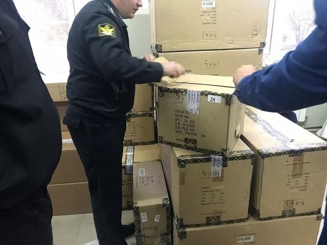 В Армавире у должника изъяли 15 тысяч наименований интимных игрушек