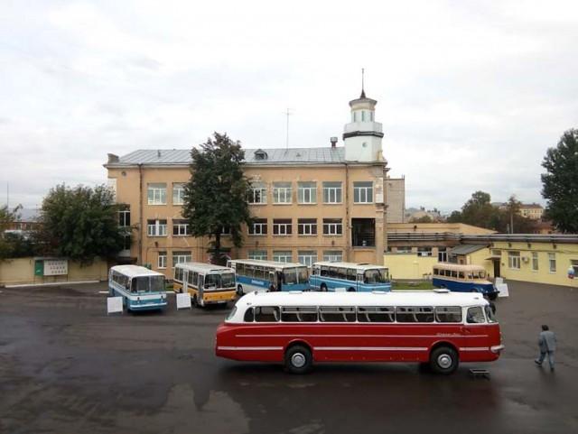 Восстановление старого автобуса Ikarus 55 Lux