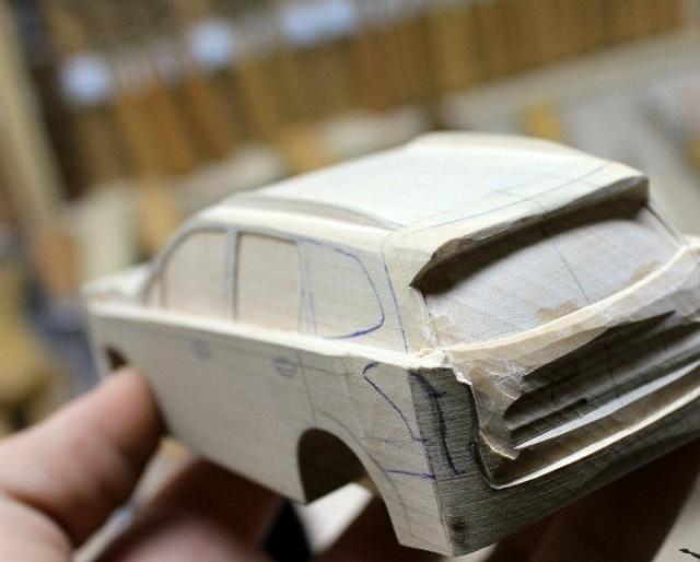 Деревянная модель кроссовера Subaru своими руками