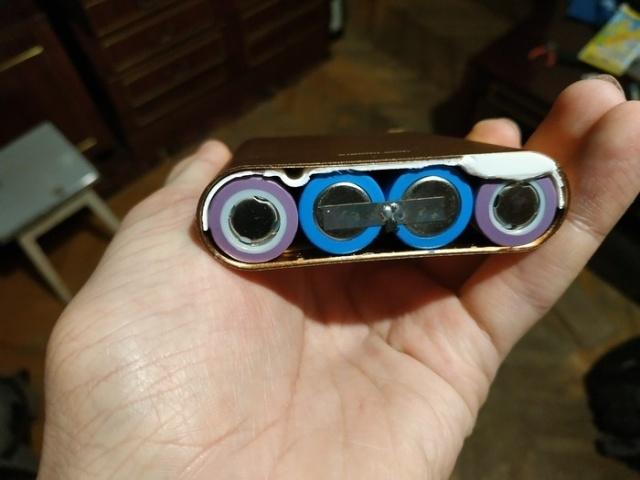 Что можно увидеть внутри поддельного внешнего аккумулятора