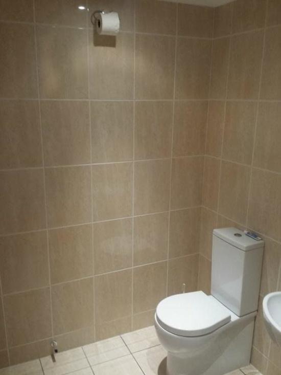Странности, которые можно увидеть в туалетах