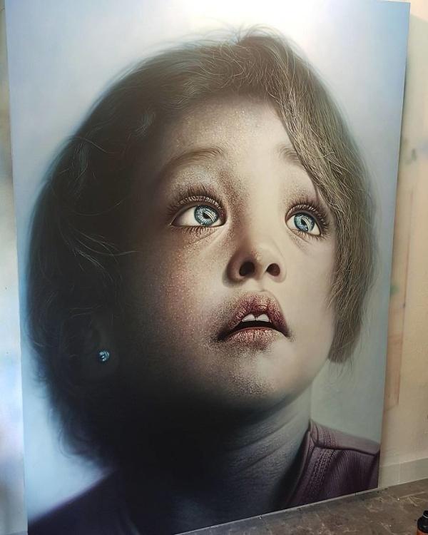 Гиперреалистичные картины Камалки Лауреано