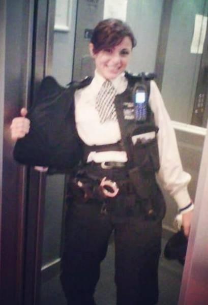 Сермин Кентмен работала в полиции почти 10 лет, а теперь стала фитнес-блоге ...