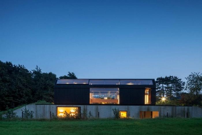 Дом с центральным двором в Нидерландах