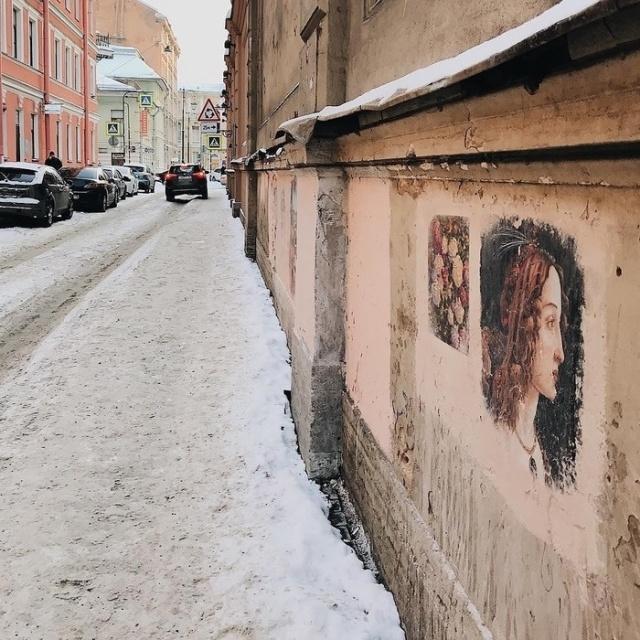 Жители Санкт-Петербурга восстановили закрашенные коммунальщиками граффити