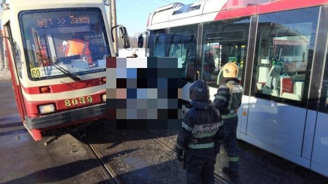 Авария в Санкт-Петербурге, вызывающая много вопросов