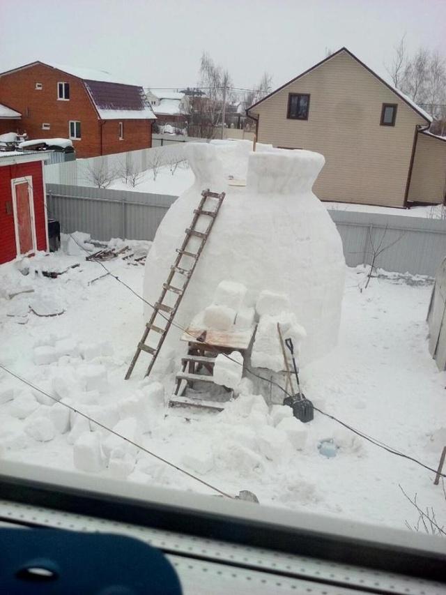 Гигантский снеговик своими руками