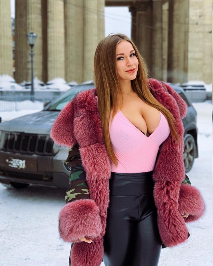 Софья Темникова на фото в Instagram
