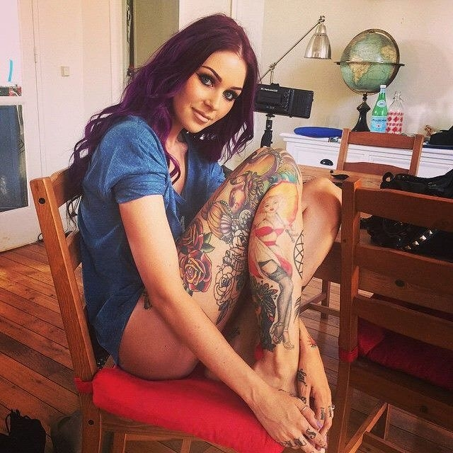 Татуированные девчонки