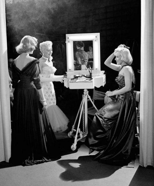 """За кадром фильма """"Как выйти замуж за миллионера"""" 1953 года"""