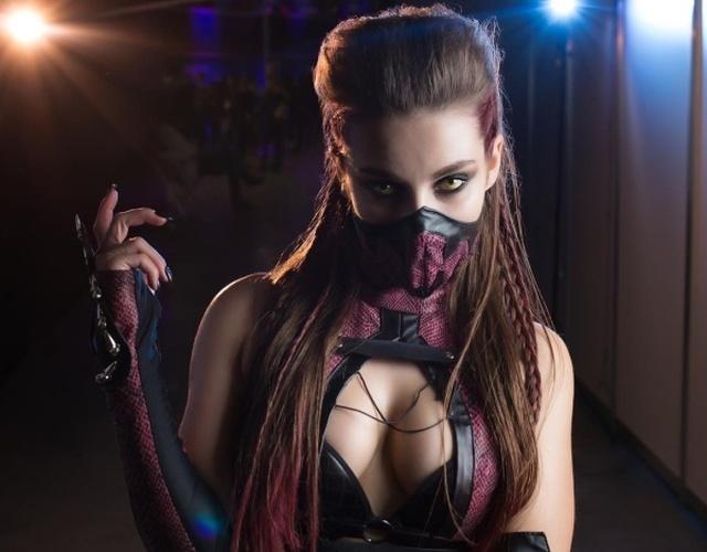 Таня Коробова в образе Милины из Mortal Kombat