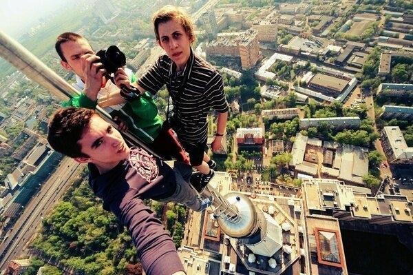 Экстремальные фотографии на головокружительной высоте