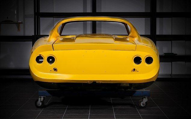 Собери себе суперкар Ferrari из запчастей в 60 коробках