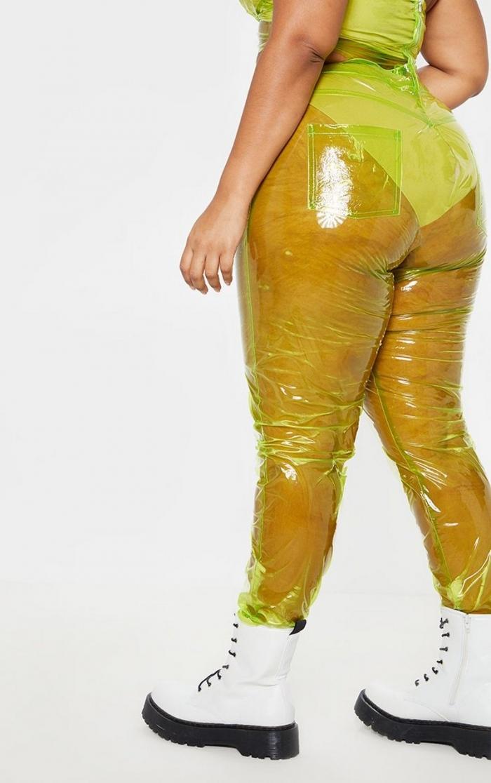 Последние модные тенденции прозрачные юбки, штанишки и курточки