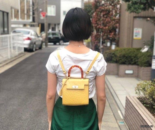 Как правильно носить женскую сумочку