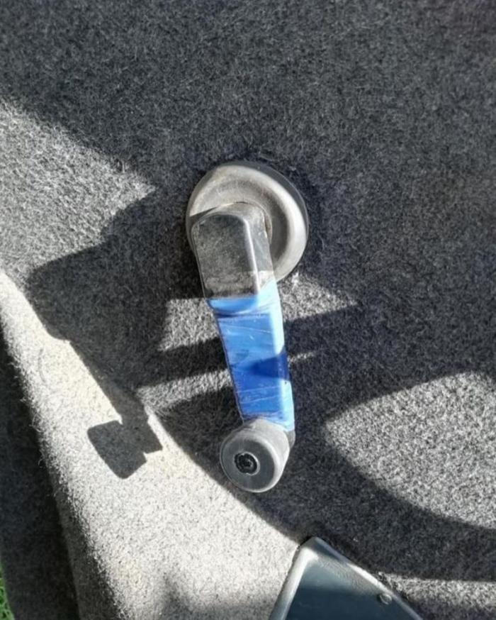 Очень надежный способ починить сломанную ручку стеклоподъемника