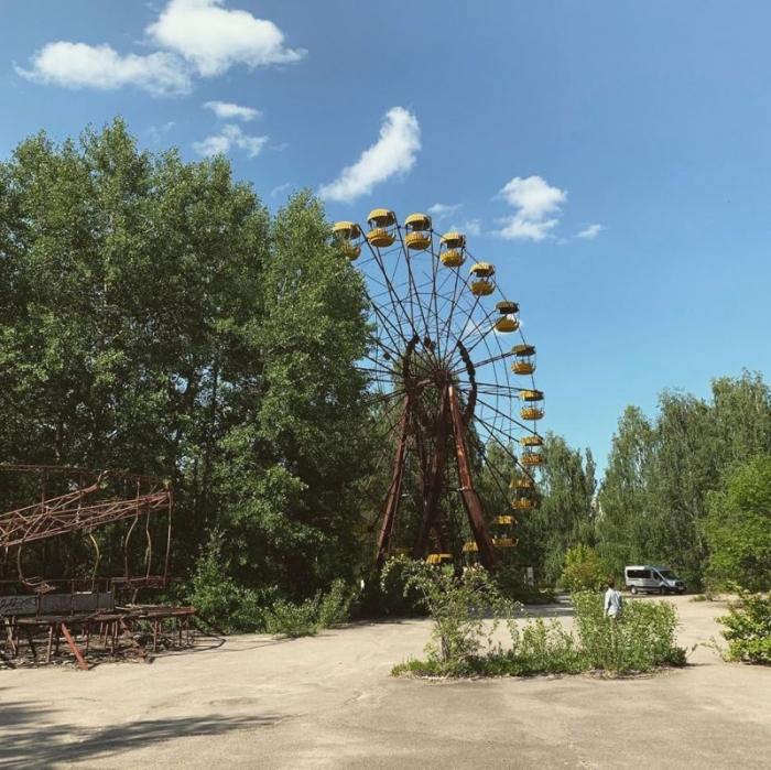 Молодежь прется в Припять, чтобы сделать смешные фото