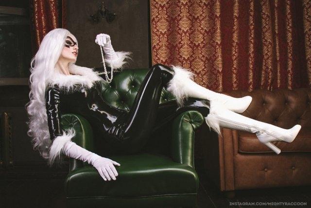 "Косплей на ""Чёрную кошку"""