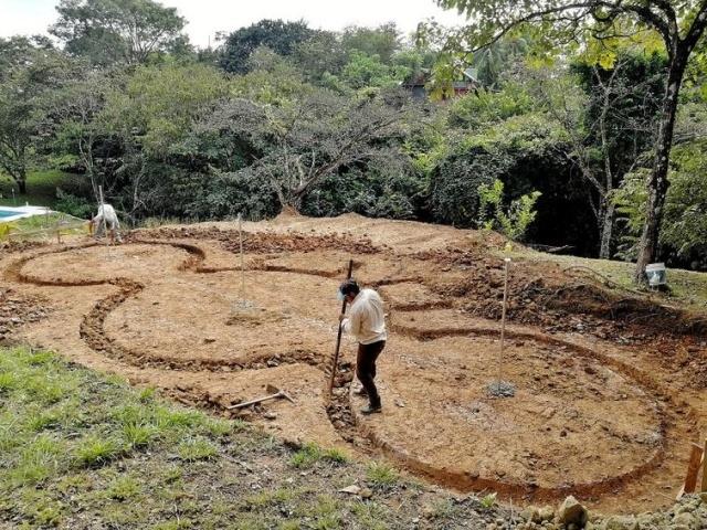 Дом в Коста-Рике из цемента и средства для мытья посуды