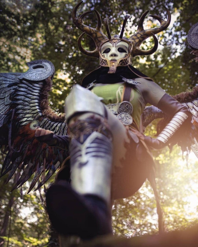 Косплей Валькирии из God Of War