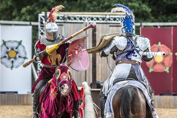 Энтузиасты, воскрешающие рыцарство в Британии