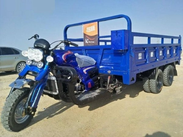 Китайская альтернатива грузовикам - мотоциклы-самосвалы