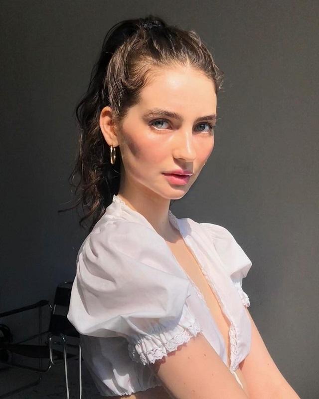 Дочь покойного актера Пола Уокера выросла и стала успешной моделью