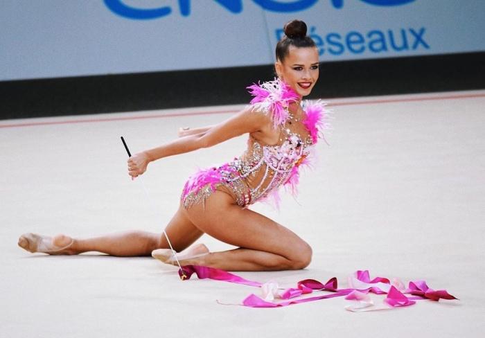 Екатерина Селезнева - новая звезда российской художественной гимнастики