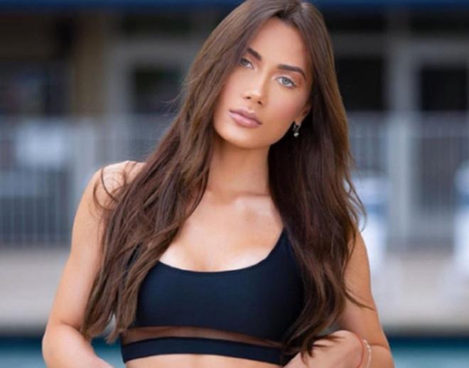 Джорджина Маццео модель, привлекающая подписчиков не только фотографиями в белье