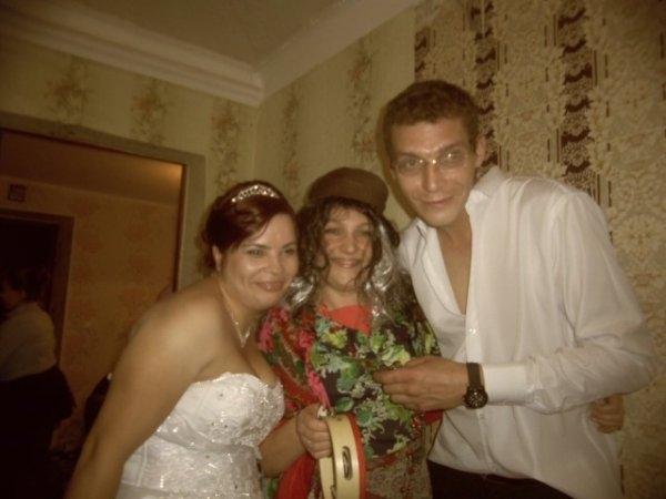 Щас бы на свадьбе гульнуть, но только не на своей